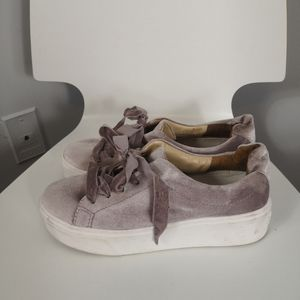 Schutz light pink velvet platform sneakers